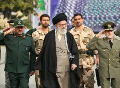ملت ایران از اخم آمریکا نهراسید و آن را به عقبنشینی و شکست کشاند